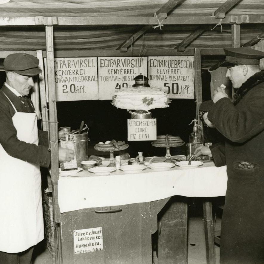 Virsliárus a pesti utcán – Éjszakai életkép az 1930-as évekből